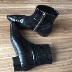 Zara Shoes - Zara pantent pointy toe ankle boots 38